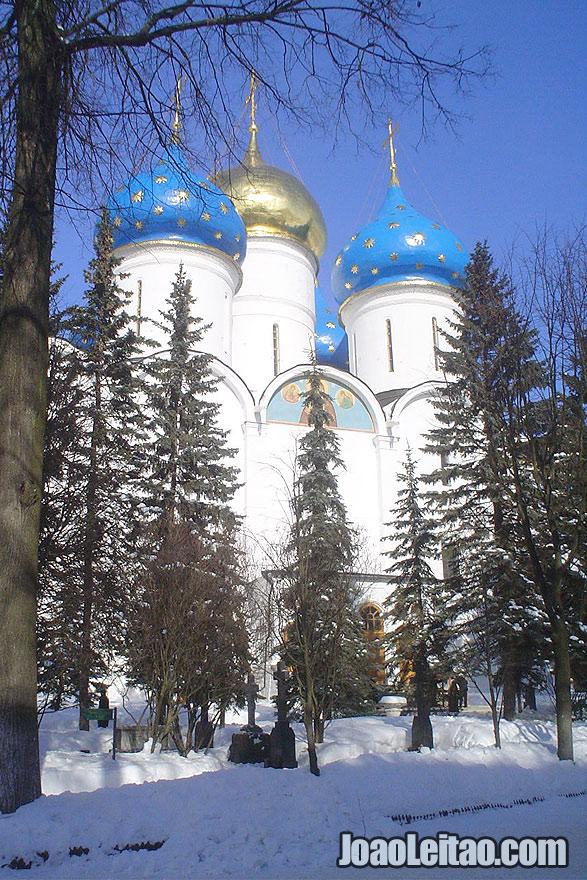 A Catedral da Assunção de Sergiyev Posad