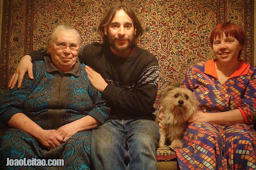 Algumas das simpáticas pessoas russas que conheci no decorrer desta viagem
