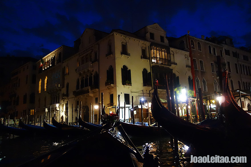 Gondolas in S.Maria del Giglio by night