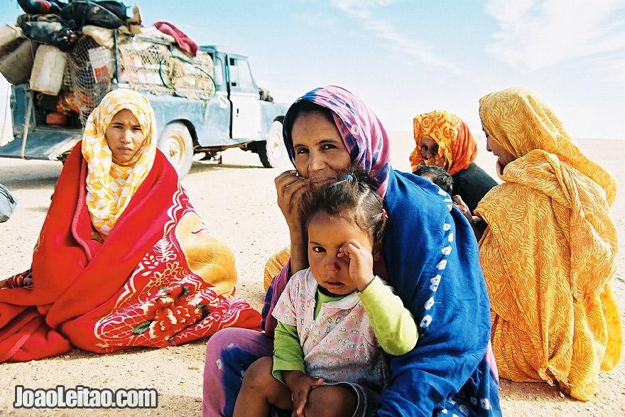 Photo of Women in Sahara Desert tracks of Sebkhet Oum way to Bir Moghrein,  Mauritania