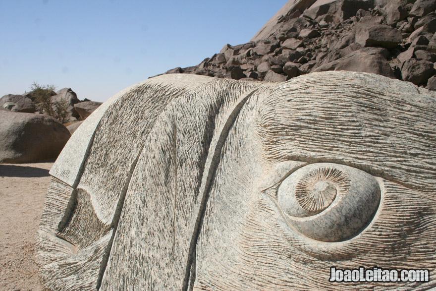 Sculpture in Ben Aicha monolith in Mauritania