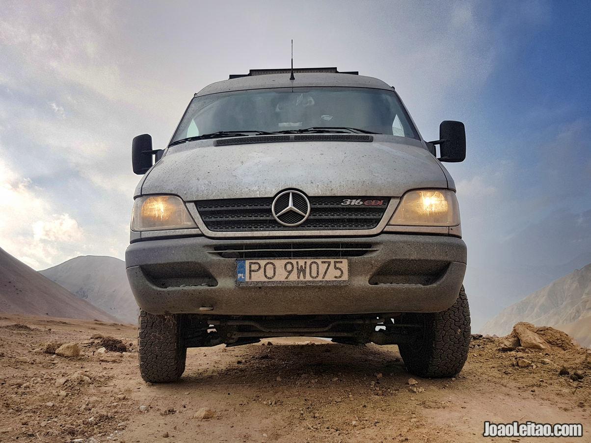 2005 Mercedes-Benz Sprinter 316 CDI 4X4 model near Kolduk Lakes