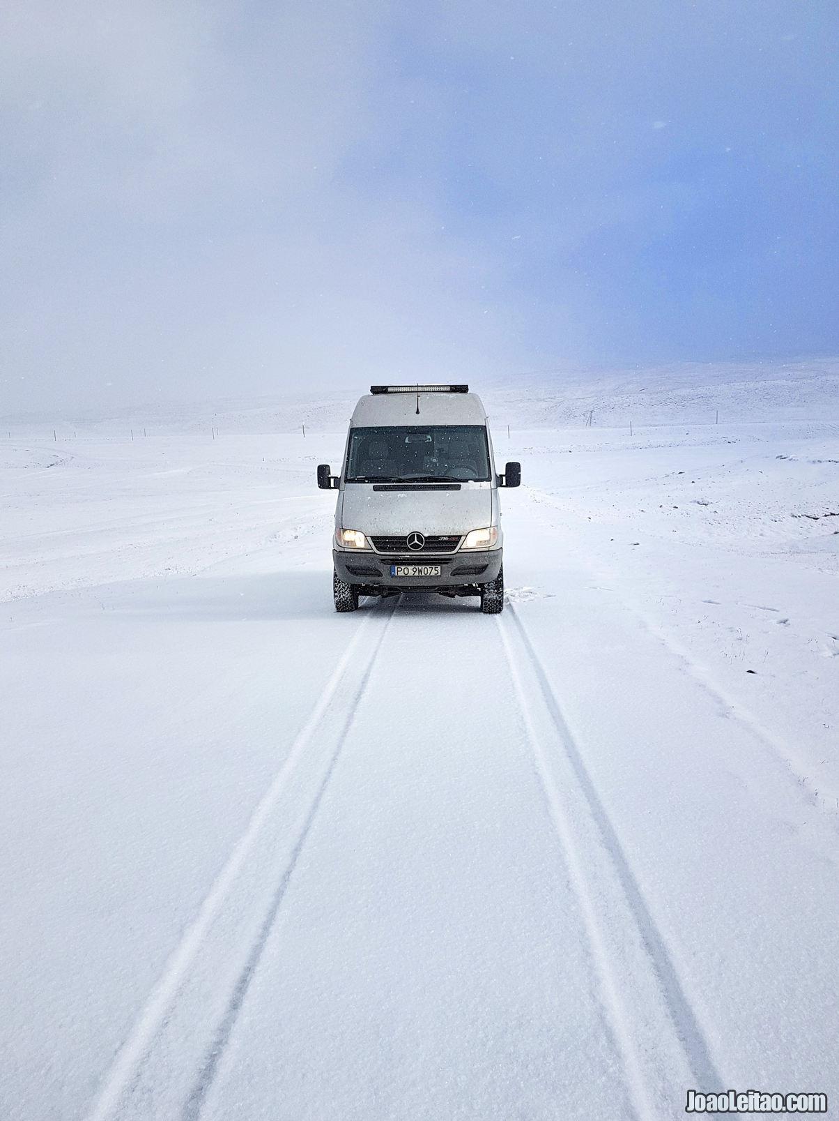 Proximo da fronteira com o Tajiquistao em Bor-Doda