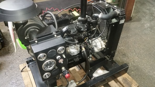 4 Cylinder Continental Engine Y91b - Year of Clean Water