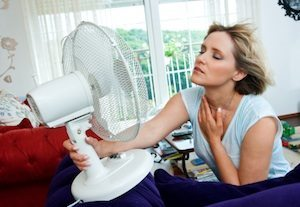 woman-broken-air-conditioner