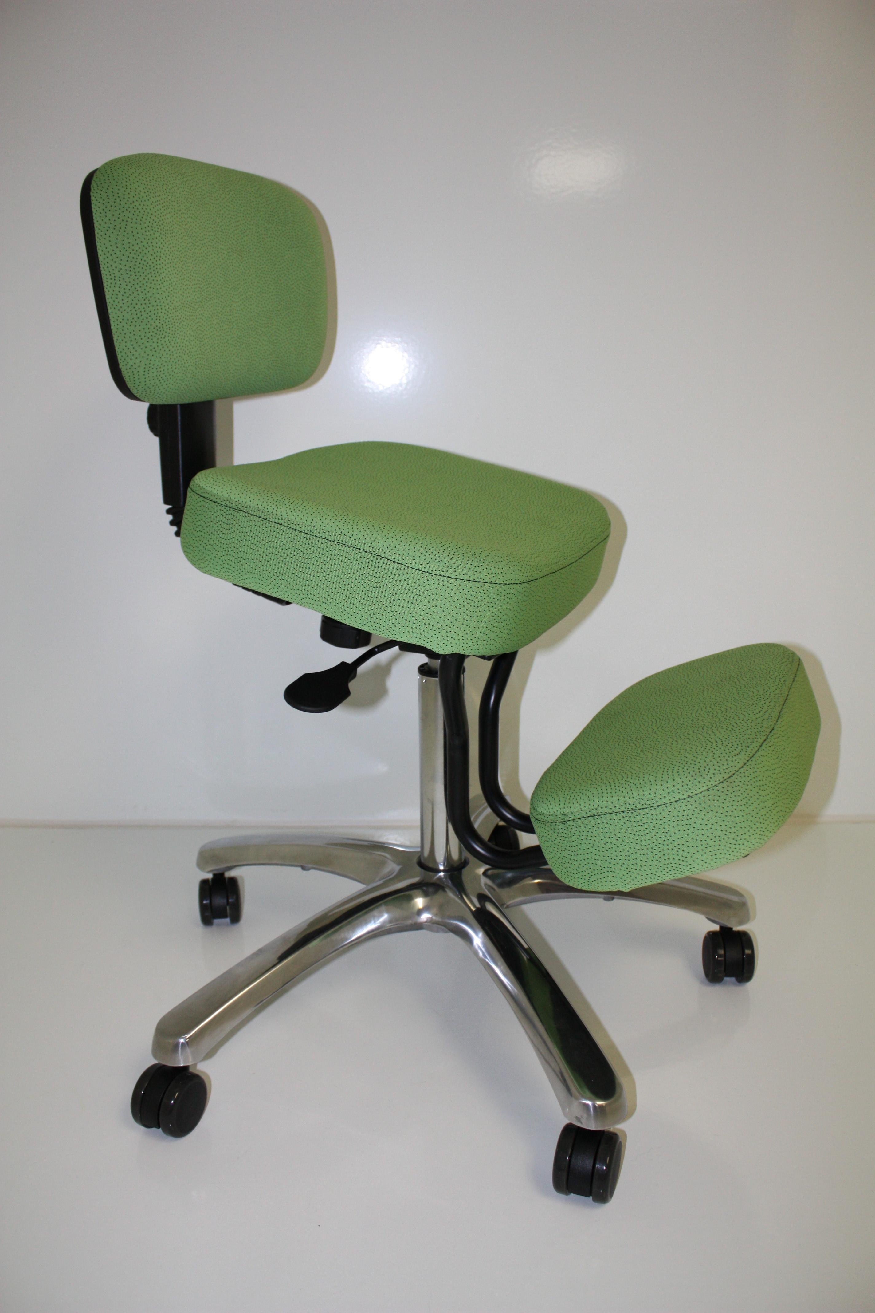 BP1446  BetterPosture Jazzy Kneeling Chair  Jobri