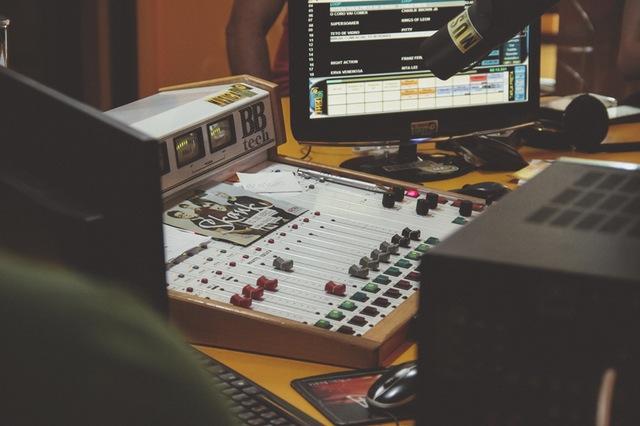 jobs-sports-media-radio