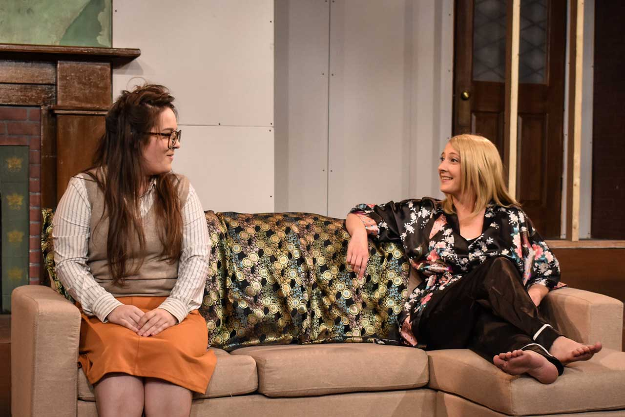 (L-R) Katie Miesner and Emily Belvo in Jobsite's Hedda. (Photo by Desiree Fantal.)