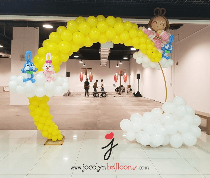 Lunar New Year Balloon Arch With Chang Er and Rabbits