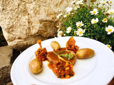 Tolles Gericht im Dolomiten Restaurant Jochgrimm