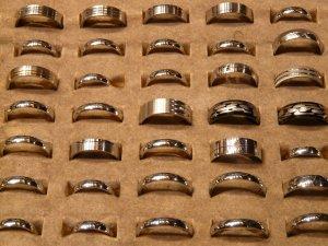rings_finger_rings_finger