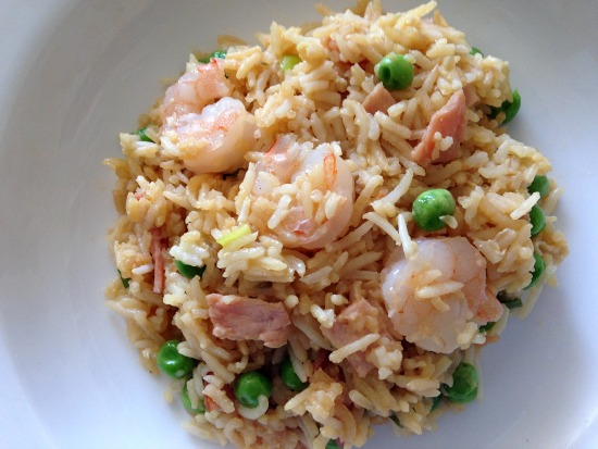 Busy? Try this easy fried rice recipe for kids to use up your leftovers!
