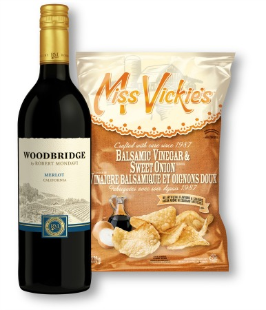 red wine and potato chips