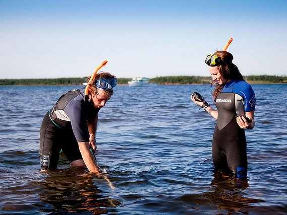 PEI clam digging: Why you need to experience this now!