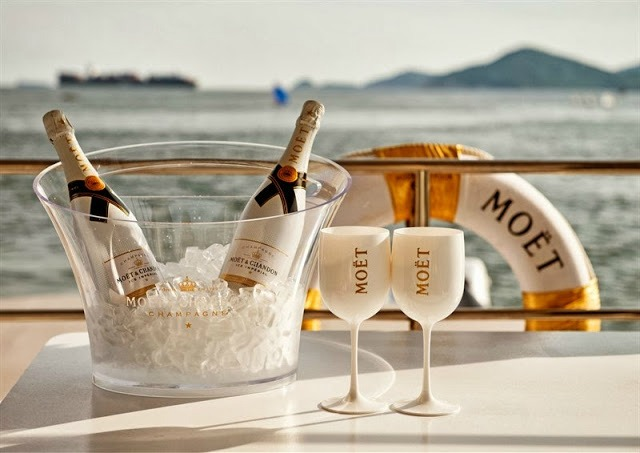 two new ways to drink champagne