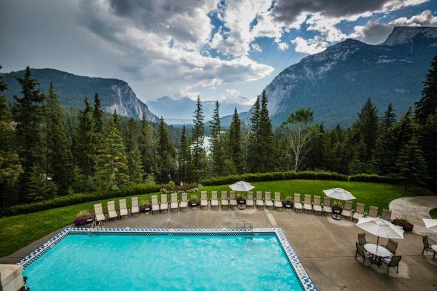 outdoor mountain pool