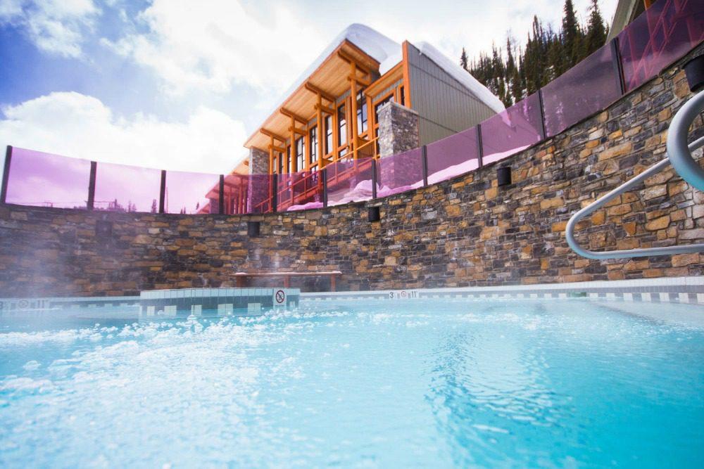 outdoor hot tub Banff