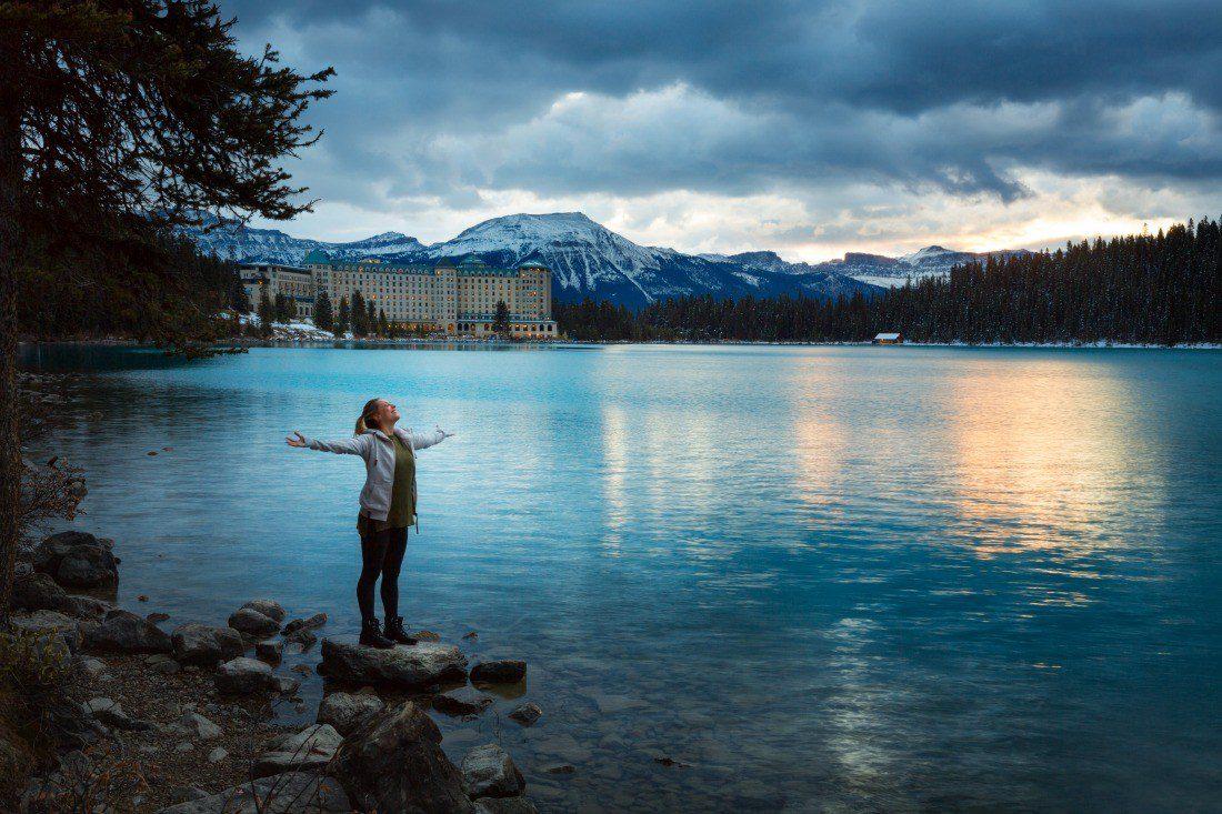 fall wellness retreats lake louise canada