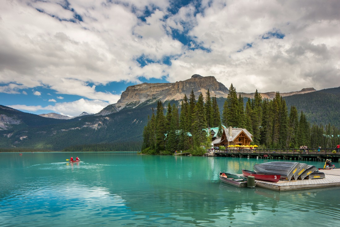Win a free night at Emerald Lake Lodge: The bestYoho National Park hotel