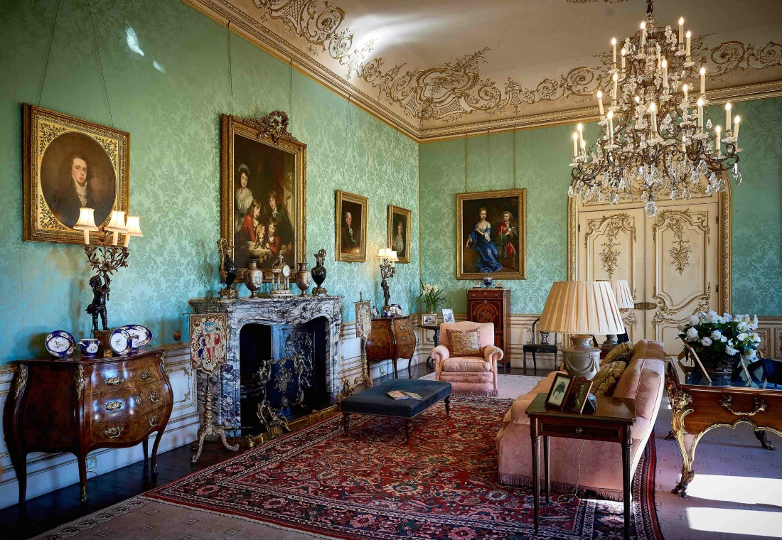 ladies drawing room