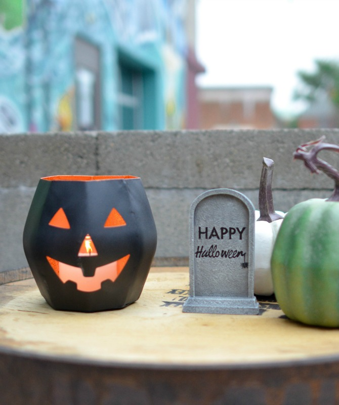 halloween stores calgary
