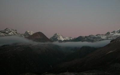 Ochtendgloren bij Dzongri, Dzongritrek, Sikkim, India, 2009
