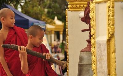 Myanmar, Kyaiktiyo, Gouden Rots