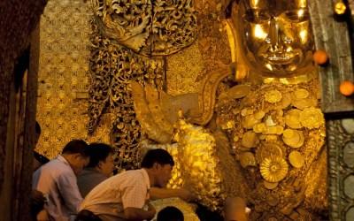Myanmar, Mandalay, Mahamuni Pagode, de