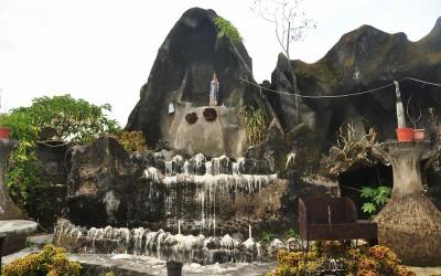 Lourdesgrot, Ruteng, Flores, Indonesië, 2012