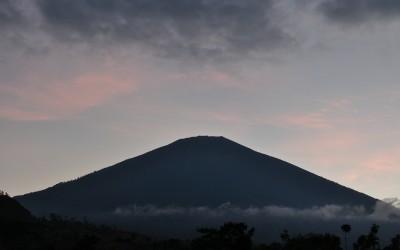 Rinjani, gezien vanuit Sembalun, Lombok, Indonesië, 2012