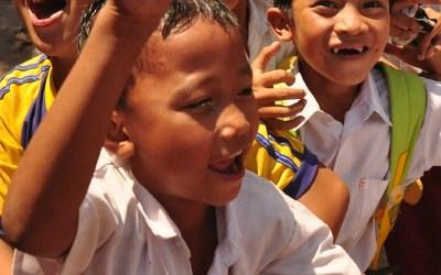Lagere school in de buurt van Tetebatu, Lombok, Indonesië, 2012