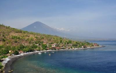 Oost Bali, in de buurt van Amed, richting Gunung Agung, Bali, Indonesië, 2012
