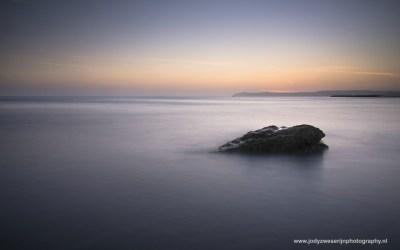 Zonsopkomst op strand van Cap Gris Nez, Opaalkust, Frankrijk, 4-5-2016