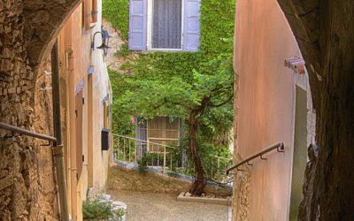 Saint Saturnin les Apt, Provence, Frankrijk, 9-7-2016