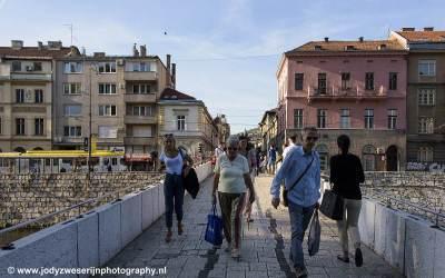 Brug over Miljacka, Serajevo, Bosnië, september 2019