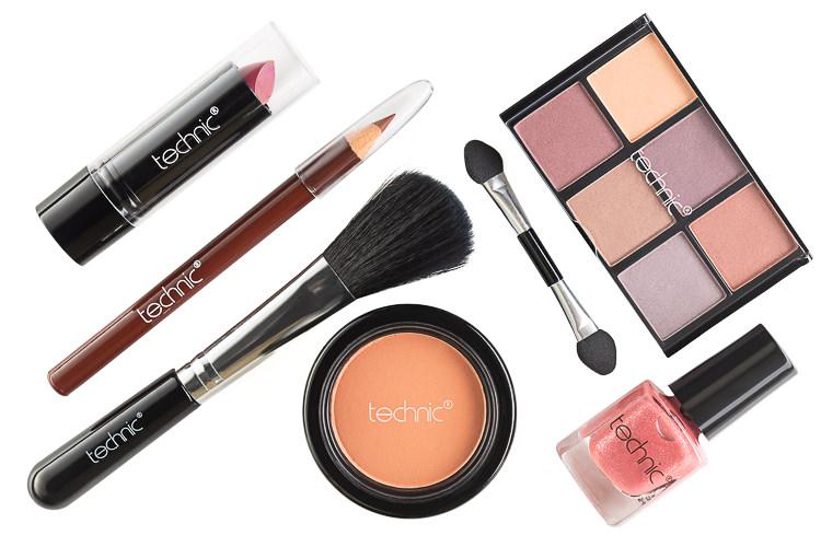 Technic Makeup Kit overhead product shot