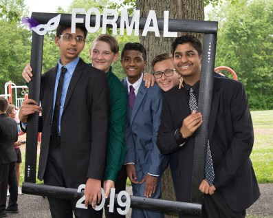 8th Grade Semi-Formal 2019 (17 of 21)