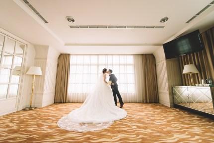 婚攝 則彥+羿君 結婚迎娶 高雄福華