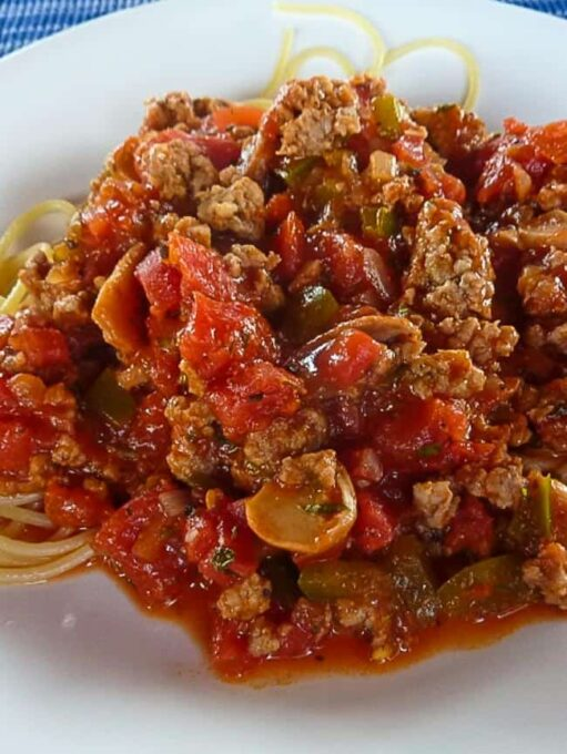 Italian sausage that's homemade. Delicious way to make your sausage unique.   joeshealthymeals.com