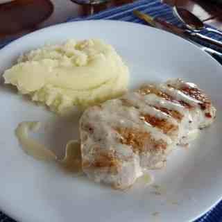 Alabama White Barbecue Sauce | joeshealthymeals.com