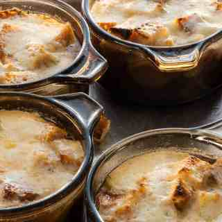 French onion soup is a perfect starter dish for any meal. | joeshealthymeals.com