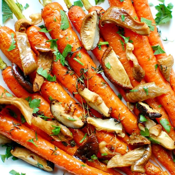 roasted carrots with savory mushrooms   joeshealthymeals.com