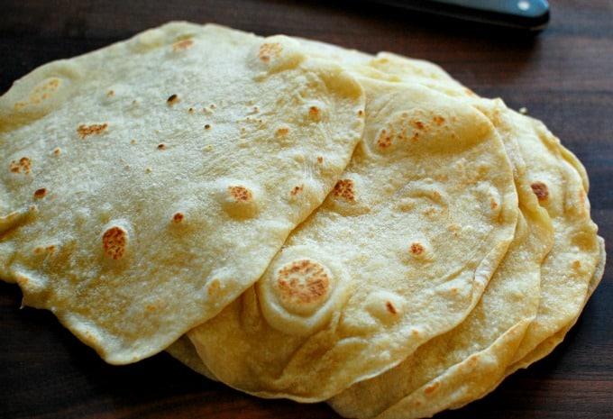 Easy homemade flour tortillas. Hey...make your own flour tortillas. They are soft and chewy. | joeshealthymeals.com