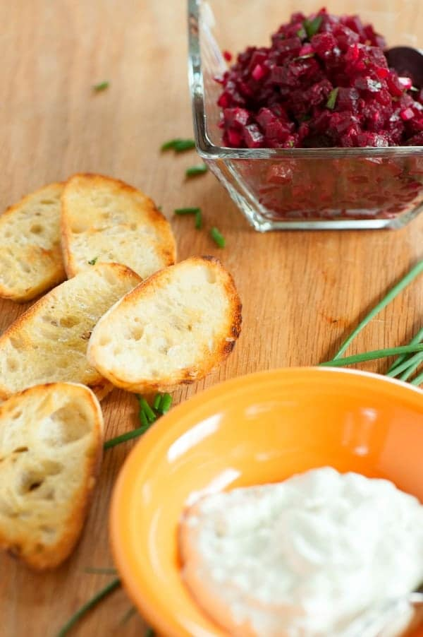 Beet tartare on baguette. Tasty snack or appetizer using roasted beets accented with creamy blue cheese. | joeshealthymeals.com