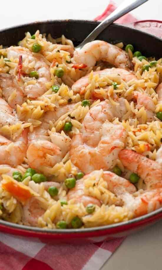 One pan orzo shrimp and tomatoes. Easy and tasty one pan meal. Perfect for the busy family! | joeshealthymeals.com