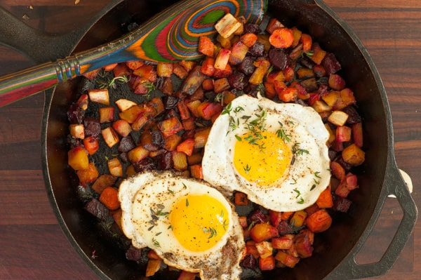 Roasted fall vegetable hash. Make lots because you'll want leftovers...like roasted vegetable hash with fried eggs! | joeshealthymeals.com