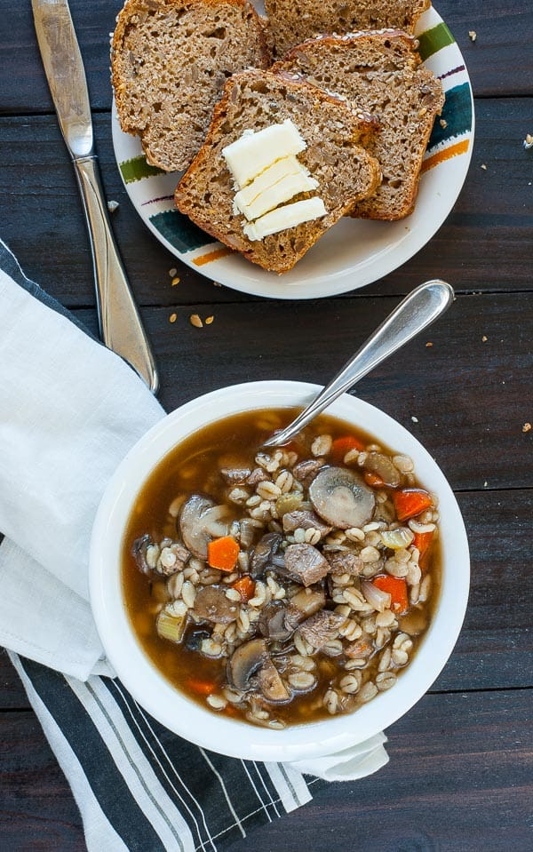Beef barley vegetable soup. Quick and satisfying soup recipe to have on one of these cold evenings. | joeshealthymeals.com