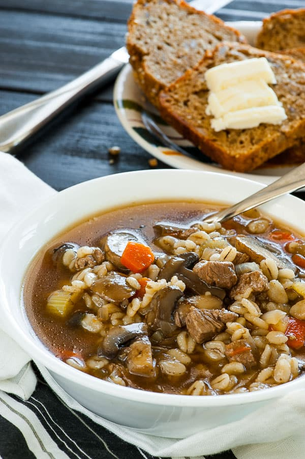 Beef barley vegetable soup recipe. Quick and satisfying soup recipe to have on one of these cold evenings. | joeshealthymeals.com