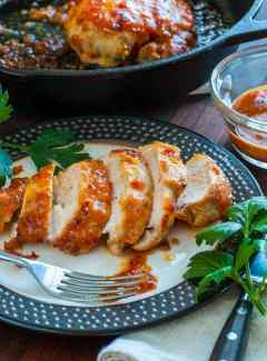 Apricot-chili glazed chicken breast. Delightfully spicy and easy to prepare recipe for chicken breasts. | joeshealthymeals.com