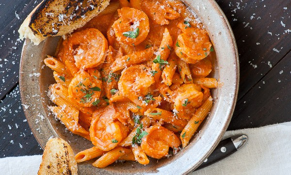 Shrimp with vodka sauce. Super delicious creamy pasta dish which everyone will love. | joeshealthymeals.com